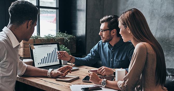 CMO là gì? Vai trò của một CMO trong doanh nghiệp